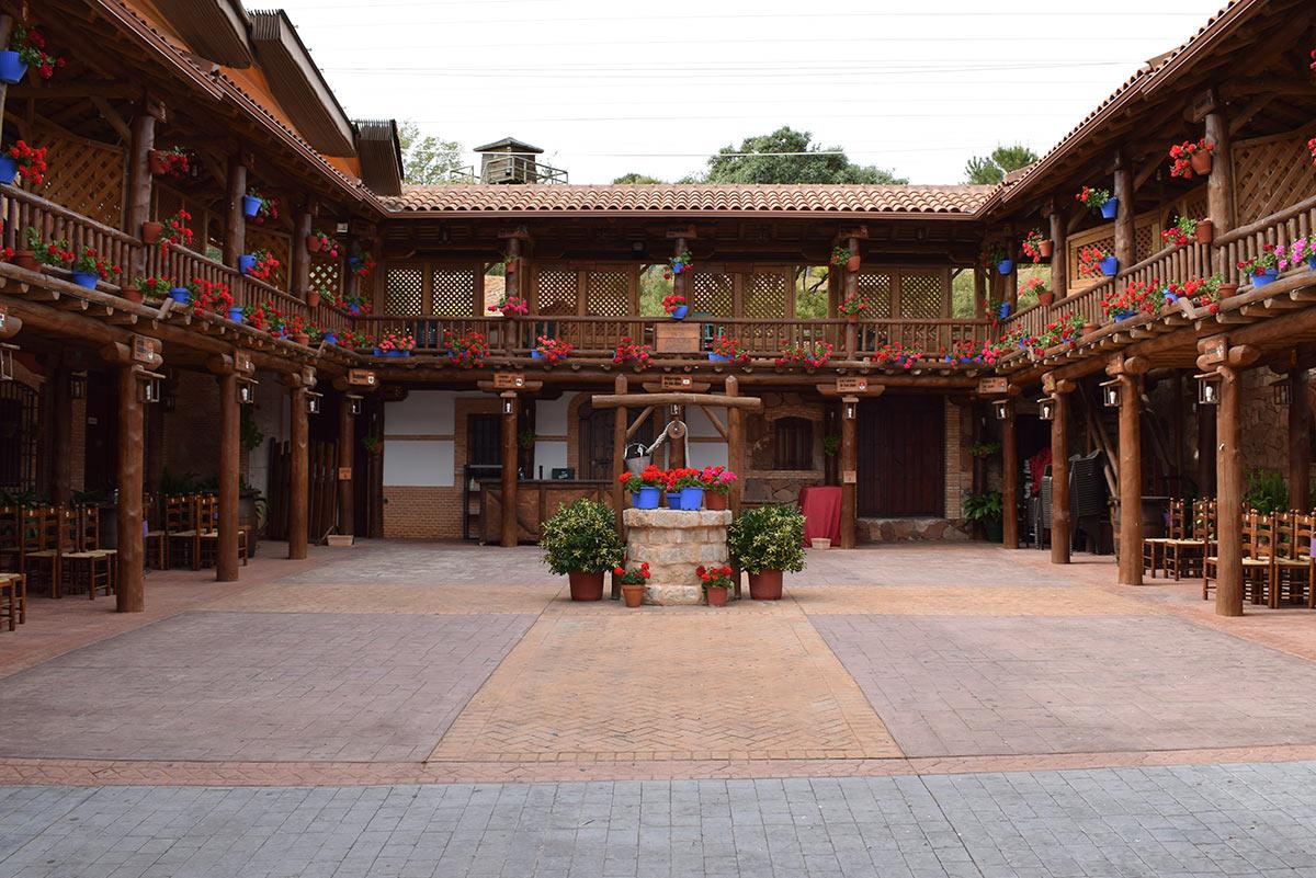 El patio Manchego Pastora Marcela - Mirador de la Mancha